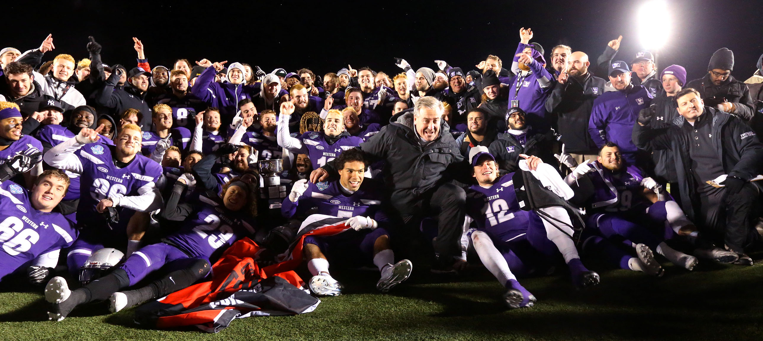 (image: Western Mustangs Football Team)