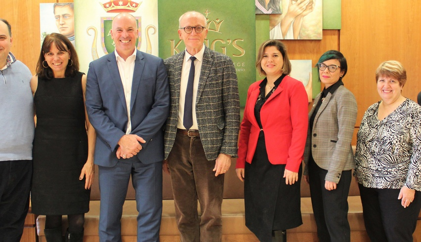 King's welcomes delegation from Rodine