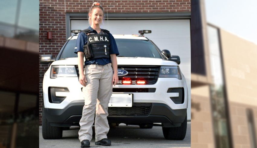 Alumna providing mental health support to police