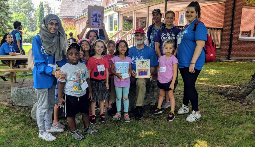 Camp teaches children about the Abrahamic faith tradition