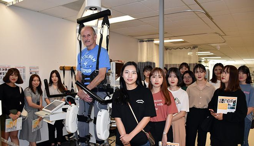 Lawson welcomes nursing students from South Korea