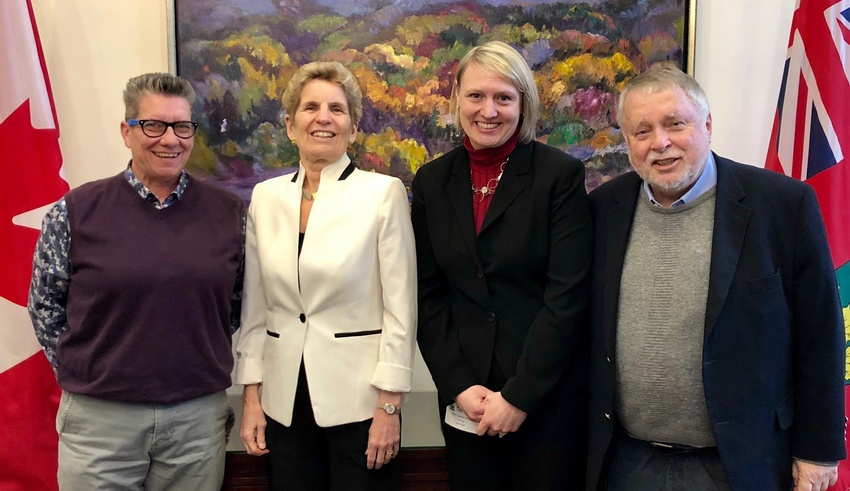 Dr. Tracy Smith-Carrier meets with Ontario Premier